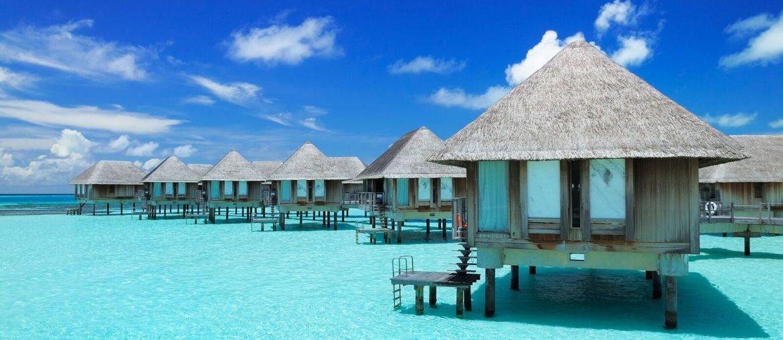 Drømmerejse til Maldiverne: 10 dage på 3* strandhotel inkl. morgenmad og fly for kun 6526 kr.