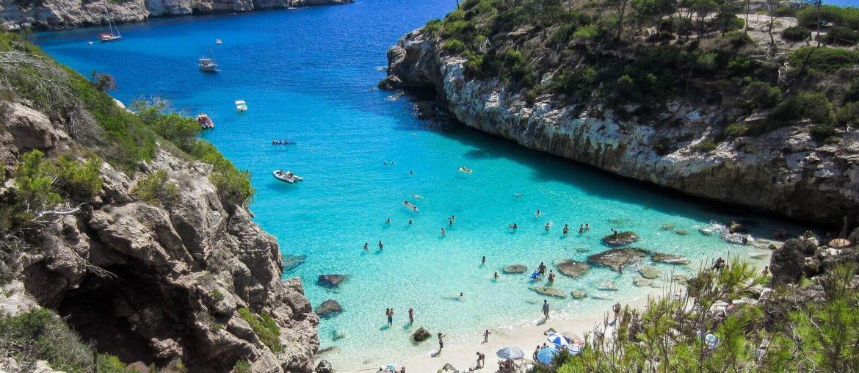 Sommerferie på Mallorca: 1 uge på 4* hotel m. morgenmad inkl. fly for kun 2305 kr.